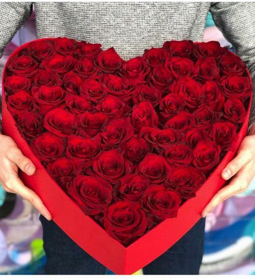 Vörös rózsa szívdoboz