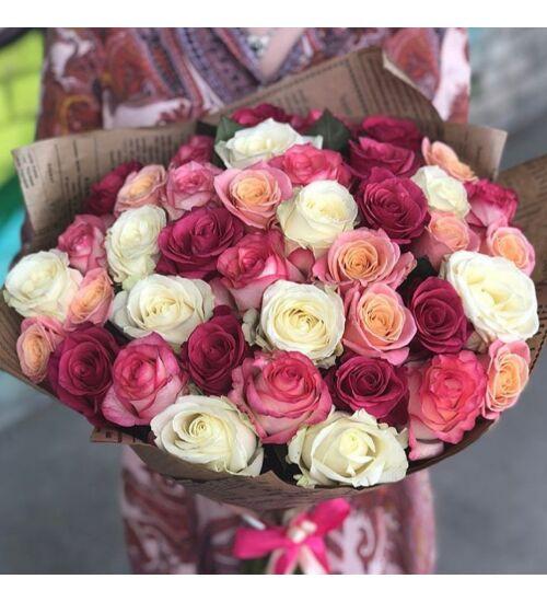 Rózsacsokor színes