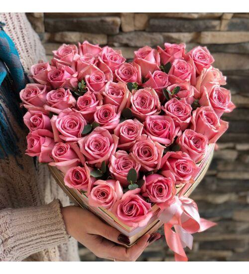 Pink rózsa szívdoboz