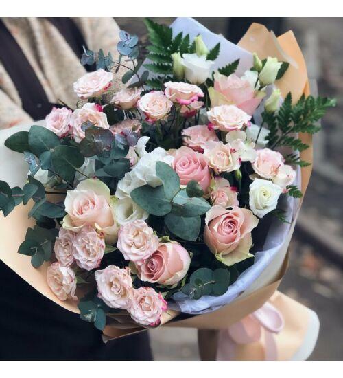 Meglepetés Rózsacsokor
