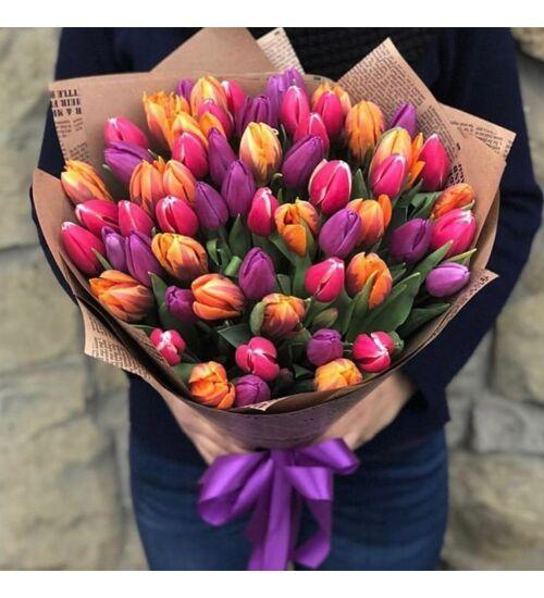 Tulipáncsokor 50 szál