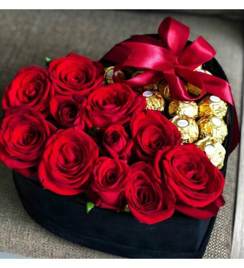 Vörös Rózsa Szívdoboz Ferrero