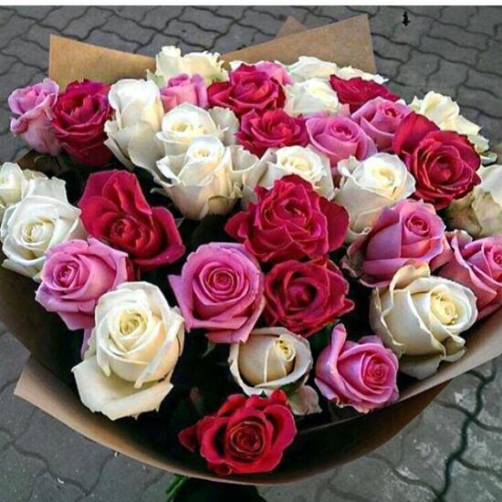 Rózsacsokor 107